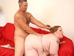 Tattoed blonde whore getting her chubby cunt drilled by gorgeous bear