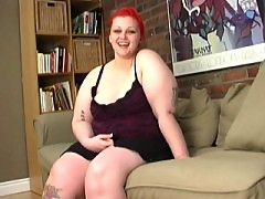 BBW Milla Monroe toying on a couch